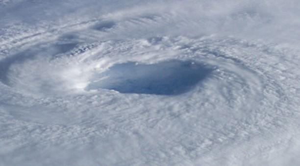 Y90115-hurricane-1038x576
